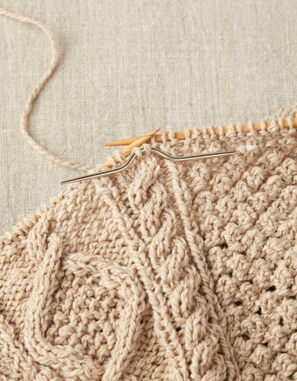 cocoknits cable 2.jpg